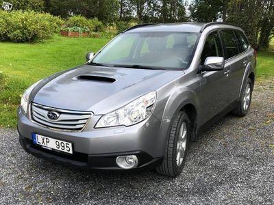 begagnad Subaru Outback 2,0D -11