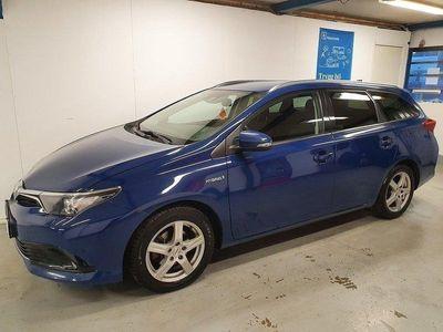 begagnad Toyota Auris 1.8 VVT-I HYBRID SPORT MOMSBIL 2