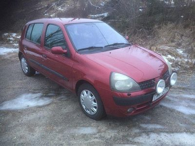 begagnad Renault Clio R.S. 5-dörra Halvkombi 1.4 Privileg