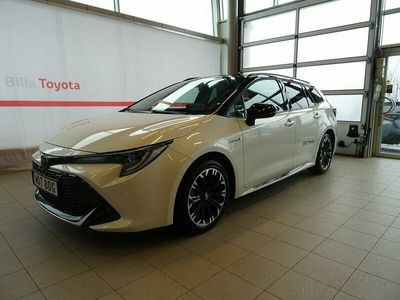 begagnad Toyota Corolla Touring Sports Hybrid 1,8 GR-S PLUS BI-TON * DEMOBIL *
