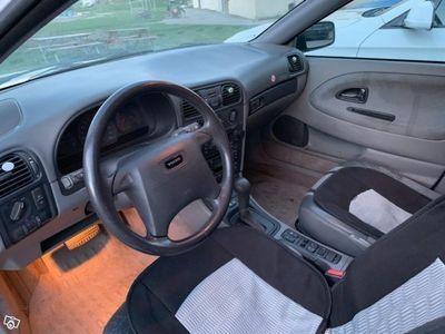 used Volvo V40 V +-99