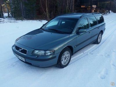 begagnad Volvo V70 nybes ny kamrem -04