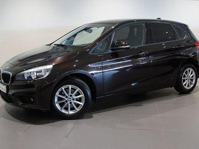 begagnad BMW 218 Active Tourer D Xdrive Aut Drag