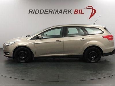 begagnad Ford Focus Kombi 1.0 EcoBoost Euro 6 100hk NYSERVAD