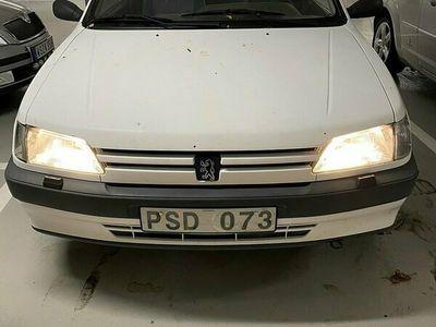 begagnad Peugeot 306 3-dörrar 1.4 75hk