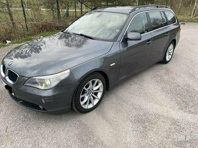 begagnad BMW 525 I TOU