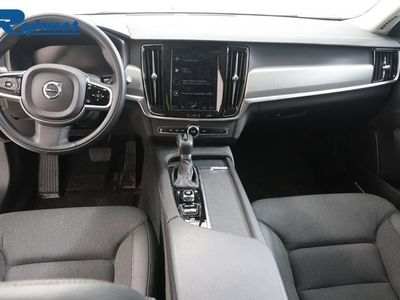 begagnad Volvo V90 D3 AWD Momentum Advanced Edition -19