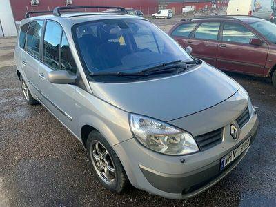 begagnad Renault Grand Scénic 2.0 7-sits 135hk bes 21-09-01 lågm