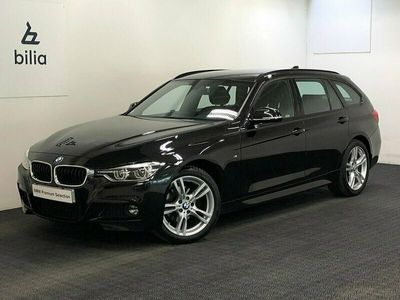 begagnad BMW 320 i xDrive Touring M-Sport | Navi | PDC bak