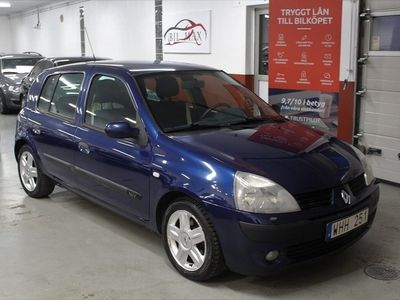 begagnad Renault Clio R.S. 5-dörra Halvkombi 1.2 75hk Lågmilare besiktad