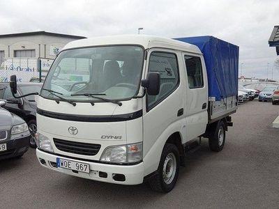 begagnad Toyota Dyna 100 Dubbel hytt 6 sits