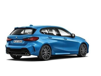 begagnad BMW M135 i xDrive Connected Innovation M Sport