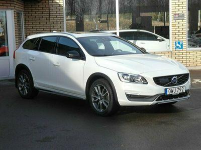 begagnad Volvo V60 CC Busniess Edition Pro D4 AWD (190hk)