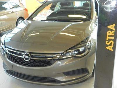begagnad Opel Astra Enjoy 1.4T / 125hk OnStar, Pluspaket, Erg. S