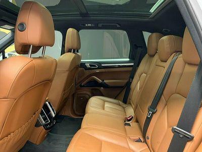 begagnad Porsche Cayenne S Diesel (385hk)