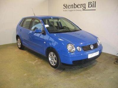 begagnad VW Polo 1,4 75hk 5-D 2002