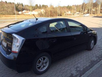 begagnad Toyota Prius HSD Executive Skinn, Lågt miltal -09