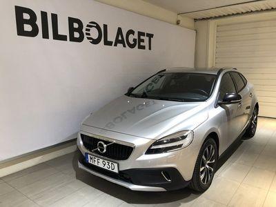 begagnad Volvo V40 CC T3 Pro Edition NAV BLIS BACKKAMERA 2019, Kombi 239 900 kr