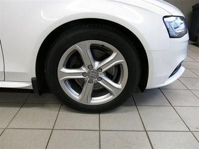 begagnad Audi A4 2,0 TDI Avant 150hk Dragkrok
