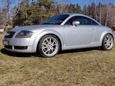 begagnad Audi TT Coupé 1.8t Quattro 225hp