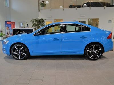 begagnad Volvo S60 Polestar D5 Black BE R-Design 230hk