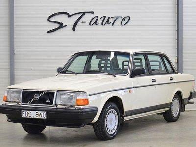 begagnad Volvo 240 2.3 GL Samlarbil 113Hk