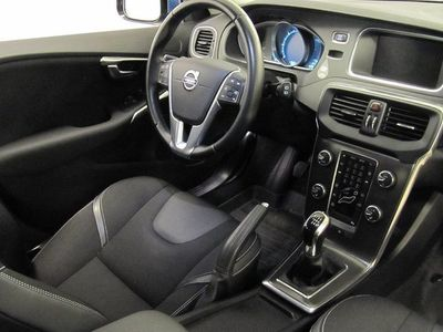 begagnad Volvo V40 D2 Your Momentum -15