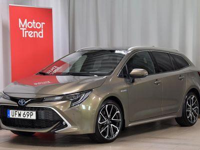 begagnad Toyota Corolla Touring Sports Hybrid 2,0 Executive Panoramaglastak V-Hjul