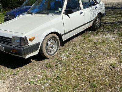 begagnad Mazda 323 85s