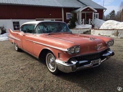 begagnad Cadillac Serie 62 HT