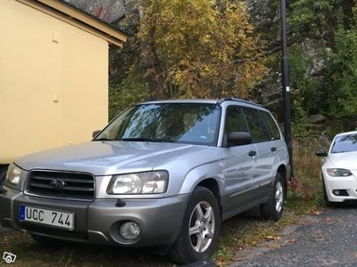 begagnad Subaru Forester 21 000 mil -03