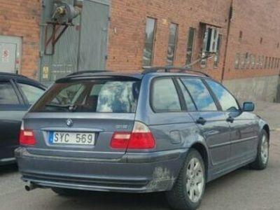 begagnad BMW 318 I TOU