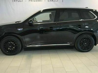 begagnad Mitsubishi Outlander 2.0 PHEV 4WD Business AUT Drag S+V Hjul
