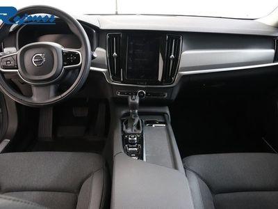 begagnad Volvo V90 D3 Momentum Advanced Edition