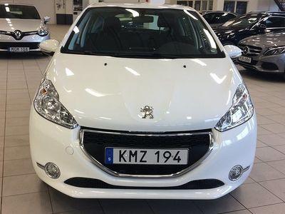 begagnad Peugeot 208 1.2 VTi 3dr (82hk) / Vinterhjul / Blutetooth