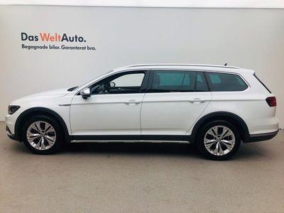 begagnad VW Passat Alltrack 2.0 TDI 4M DSG Executive Drag Värmare 2018, Personbil 284 900 kr