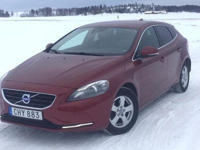 begagnad Volvo V40 D2 2014, Kombi 80 500 kr - 98 000 kr
