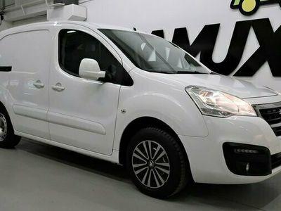 begagnad Peugeot Partner Skåpbil 1.6 BlueHDi   SoV   Drag   Moms   120hk