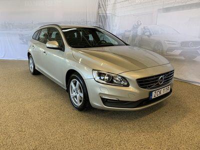 begagnad Volvo V60 T3 Classic Edition, Garanti 24 månader, On call, Fast dragkrok, Parkeringskamera bak, Navigation, Adaptiv farthållare