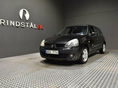 begagnad Renault Clio Halvkombi 1.2 75HK 13100MIL 0.5L/MIL KAMREM BYTT S&V-DÄCK