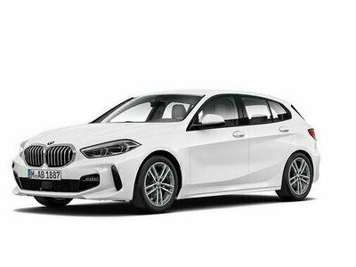 begagnad BMW 118 M Sport Automat Rattvärme 2021, Halvkombi Pris 279 800 kr