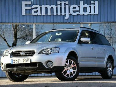 begagnad Subaru Outback 2.5i (165hk) 4WD/Navi/Drag/Värmare/Panorama