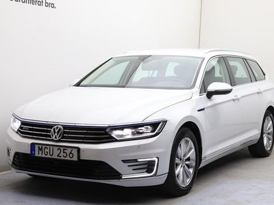 begagnad VW Passat GTE SportsCombi SC DSG/Drag/Area view/Lane Assist/App-connect
