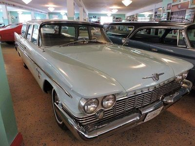 begagnad Chrysler New Yorker Herrgårdsvagn