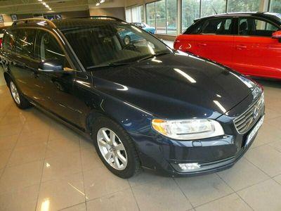 begagnad Volvo V70 T4 Kinetic 2014, Kombi Pris 128 800 kr