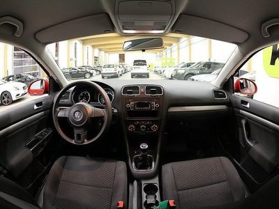 begagnad VW Golf Variant 1,6 TDi 4-Motion M-Värm