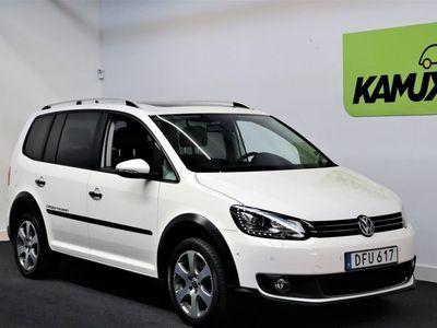 begagnad VW Touran Cross 2.0 TDI DSG | Panorama | Värmare | 7-Sits
