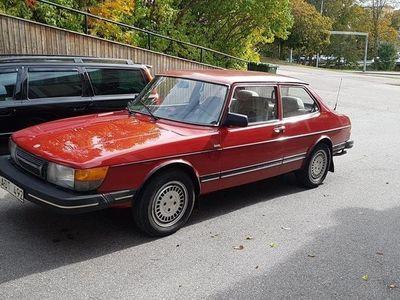 begagnad Saab 900 rostfri.