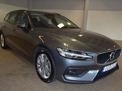 begagnad Volvo V60 D4 AWD Momentum Edition 2020, Kombi 340 900 kr