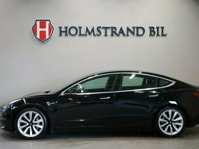 begagnad Tesla Model 3 Long Range AWD 440hk Pano Autopilot MOMS S&Vdä